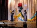Я и моя подруга поём татарскую песню.